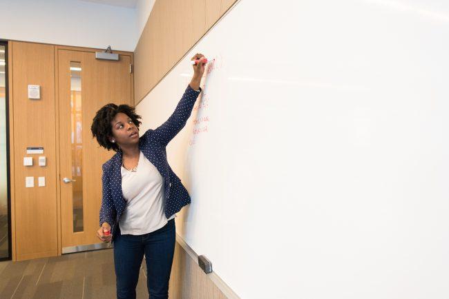 9 fatores para considerar na hora de escolher sua escola de inglês 2